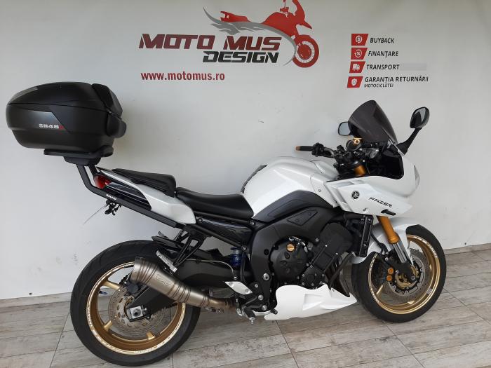 Motocicleta Yamaha FZ8 Fazer 800cc 105CP - Y01746 [1]
