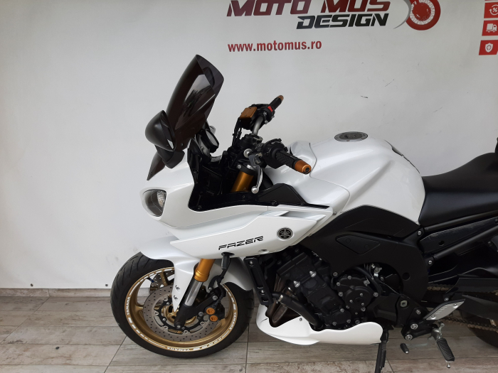 Motocicleta Yamaha FZ8 Fazer 800cc 105CP - Y01746 [8]
