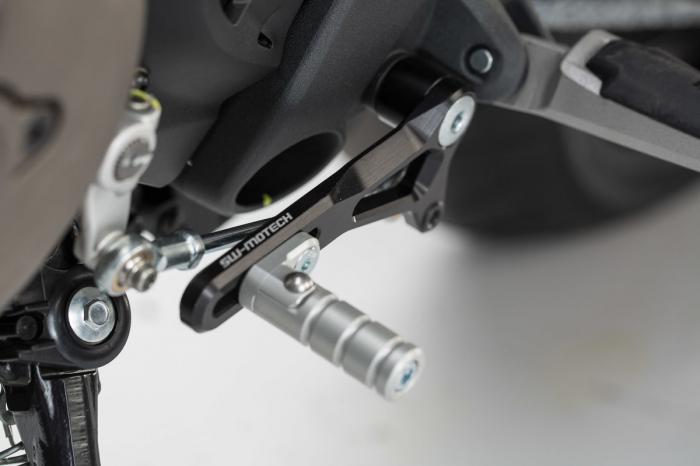 Pedala schimbator viteze Ducati Monster 821 / 1200 (14-).Reglabil 0