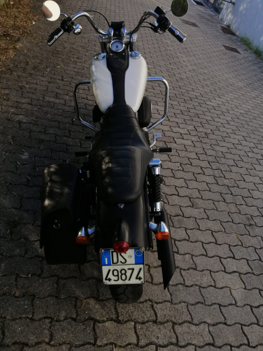Harley-Davidson STREET BOB - an 2011 [5]