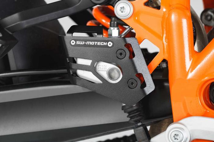 Protectie cilindru frana Negru KTM 990 SMR (07-) / 990 Adventure (06-). 1