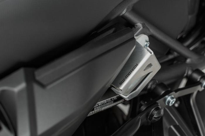 Protectie rezervor lichid frana Argintiu Honda CRF 1000 L Africa Twin (15-). [1]