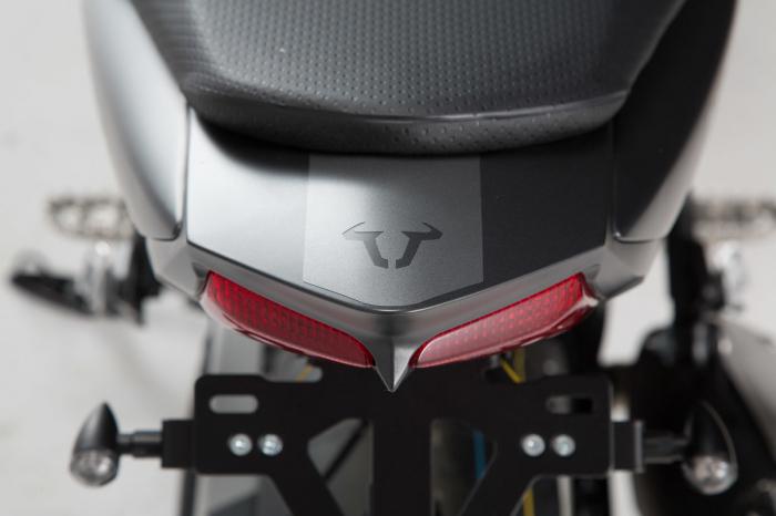 Retro Stiker Ser 17 piese, graphit metalic mat Suzuki SV650 2015- 3