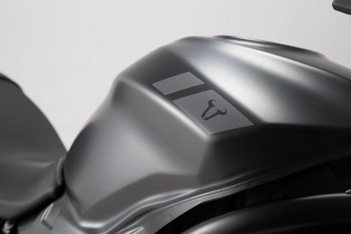 Retro Stiker Ser 17 piese, graphit metalic mat Suzuki SV650 2015- 1