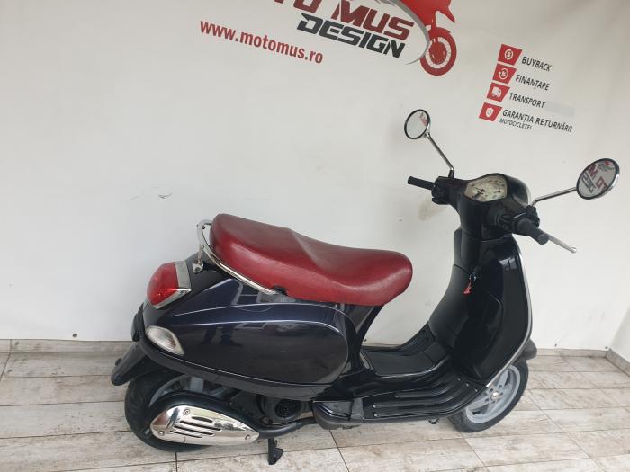 Scooter Piaggio Vespa 125cc 10CP - P4762 [1]