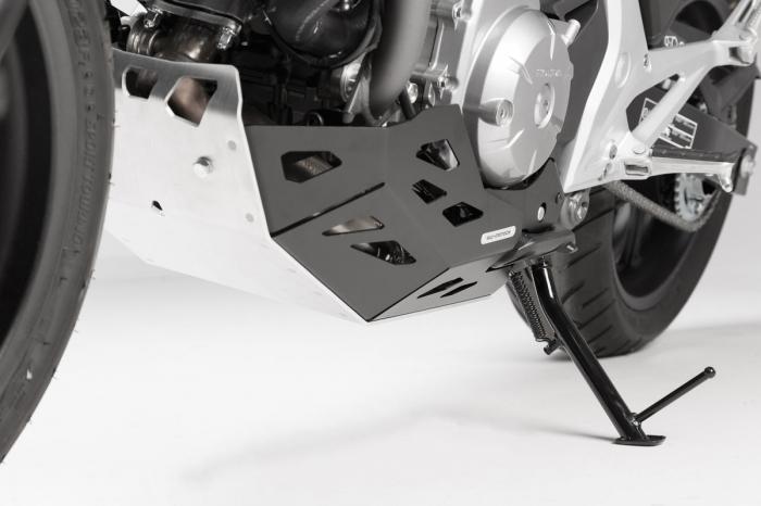 Scut motor Argintiu / negru Honda NC 700 S / SD 2011- MSS.01.151.10100 [4]