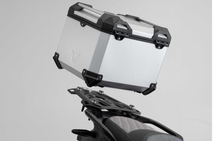 Set 3 cutii Adventure cu sistem fixare Argintiu. BMW F 800 / 700 / 650 GS (08-). 4