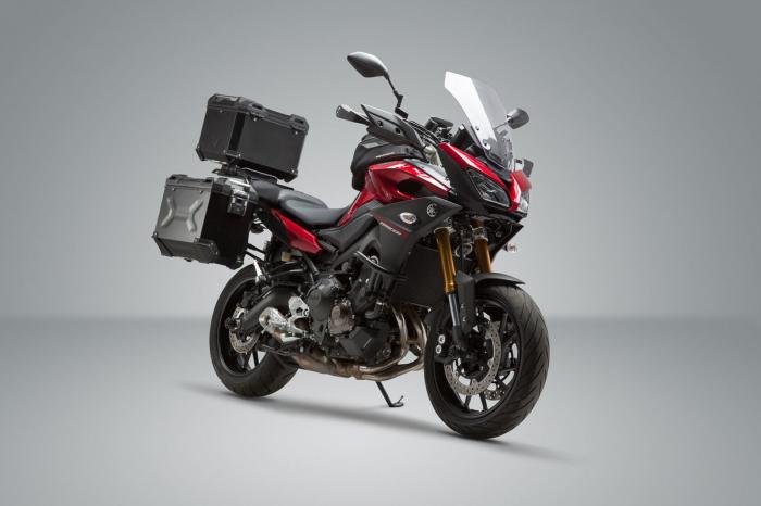 Set 3 cutii Adventure cu sistem fixare Negru. Yamaha MT-09 Tracer (14-). 1
