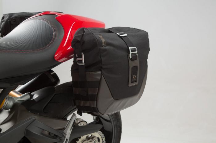 Set genti laterale Legend Gear - Editie Neagru Ducati Monster 797 (16-). 4