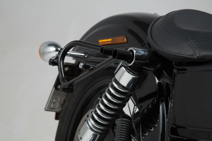 Set genti laterale Legend Gear - Editie Neagru Harley Davidson Dyna Wide Glide (09-17). 3