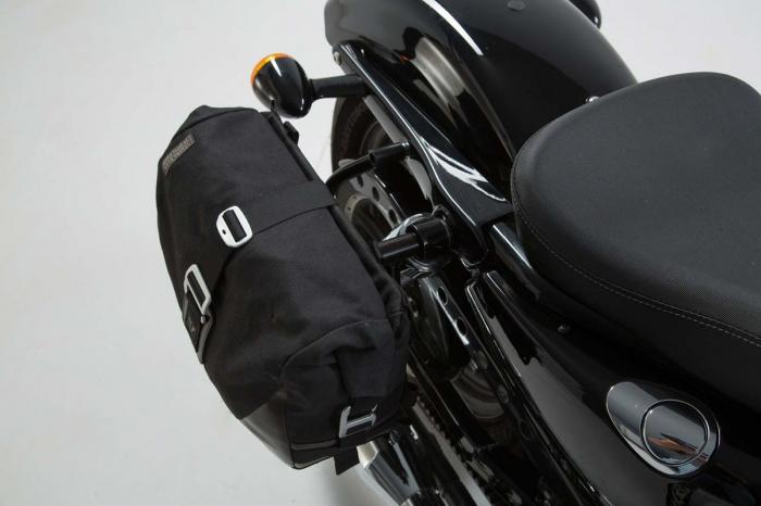 Set genti laterale Legend Gear - Editie Neagru Harley Davidson Sportster models (04-). [1]
