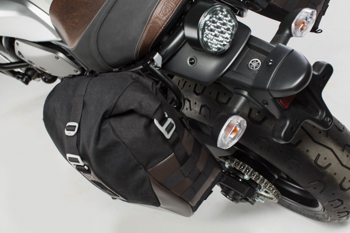 Set genti laterale Legend Gear - Black Edition Yamaha XSR 700 (16-). 1