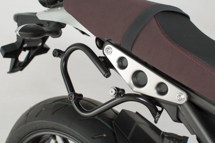 Set genti laterale Legend Gear - Editie Neagru Yamaha XSR 900 (16-). 2
