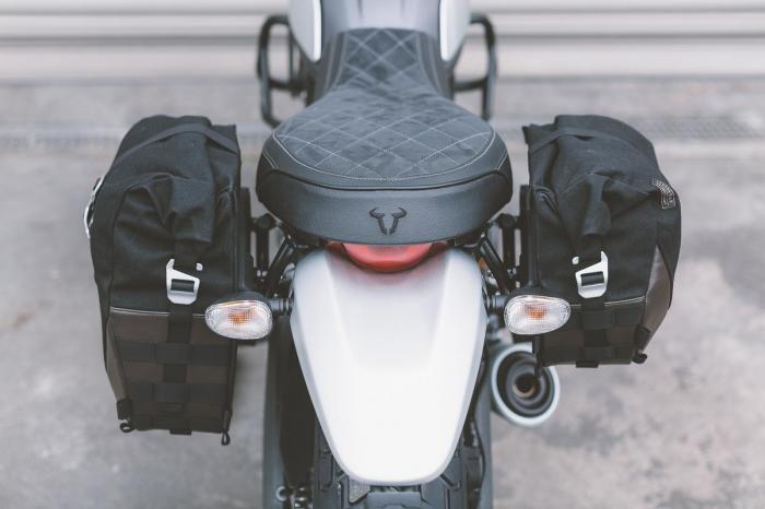 Set genti laterale Legend Gear Ducati Scrambler (14-) models. [4]