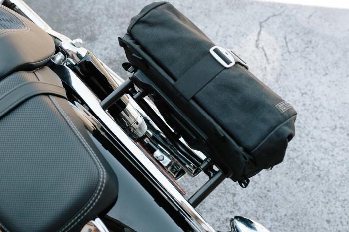 Set genti laterale Legend Gear Harley Davidson Dyna Fat Bob (08-). 4