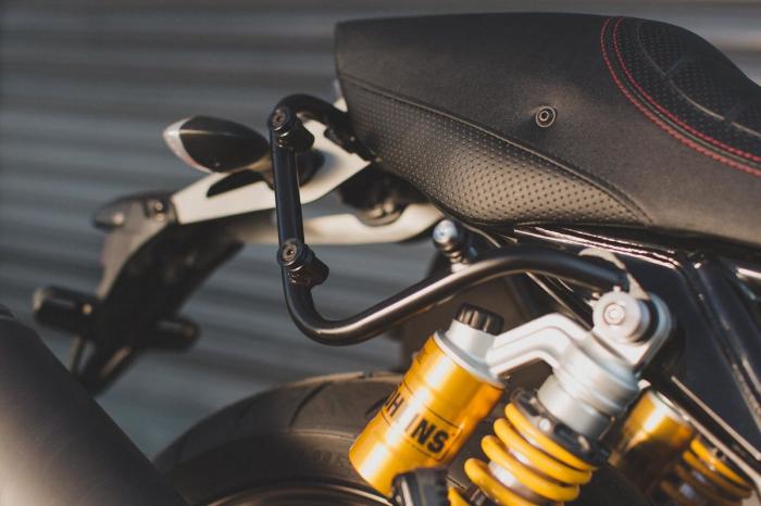 Set genti laterale Legend Gear Yamaha XJR 1300 (15-). 1