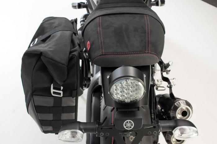Set genti laterale Legend Gear Yamaha XSR900 Abarth (17-). 1