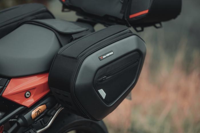 Set genti laterale PRO Blaze H saddlebag Ducati Monster 821 [7]