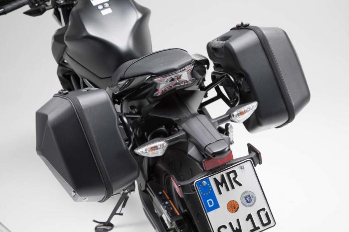Set genti laterale URBAN ABS cu sistem fixare. 2x 16 l. Kawasaki Z650 / Ninja 650 (16-). 3