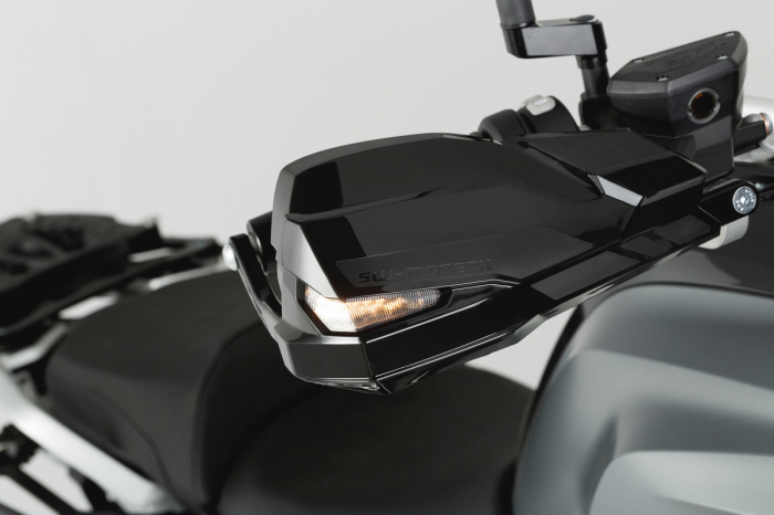 Set protectii Adventure Argintiu. BMW R1200GS LC (13-16). 4