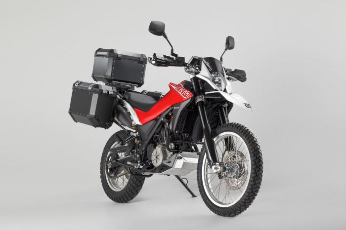 Sistem cutii laterale Trax Ion aluminiu Negru. 45/45 l. Husqvarna TR 650 Terra / Strada. [4]
