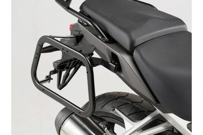 Sistem cutii laterale Trax Adv aluminiu Argintiu. 37/37 l. Honda VFR800X Crossrunner (15-). 3