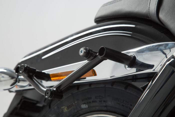 Suport geanta SLC dreapta Harley Davidson Dyna Fat Bob (08-17). 4