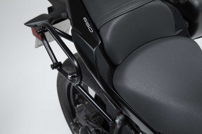 Suport geanta SLC dreapta Kawasaki Z650 / Ninja 650 (16-). [1]