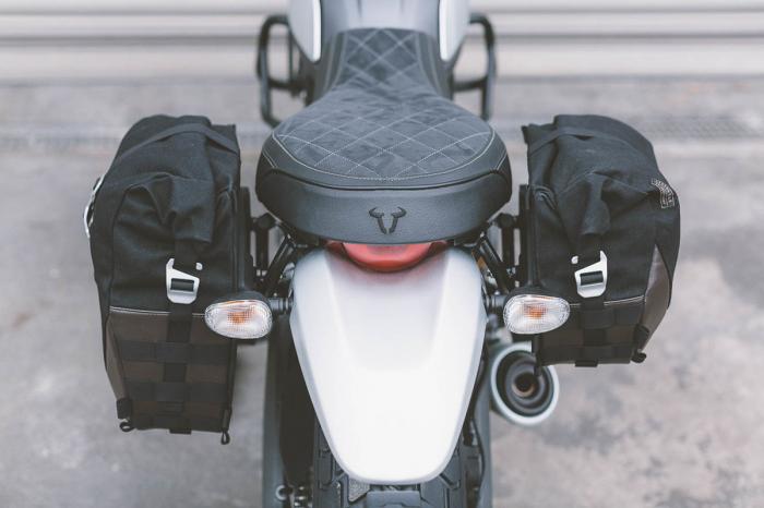 Suport geanta SLC stanga Ducati Scrambler (14-) models. 2