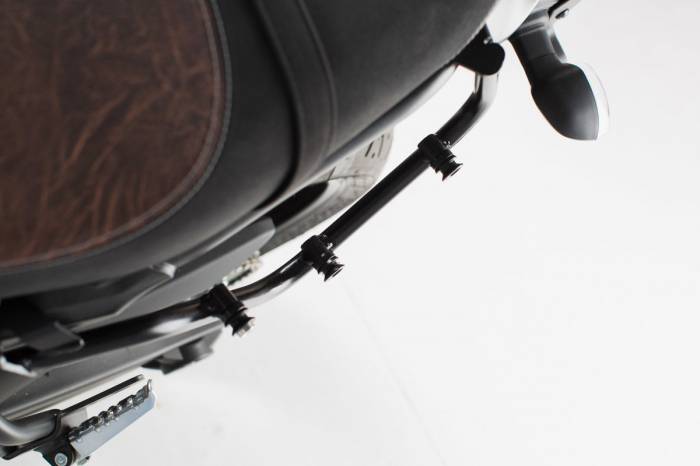 Suport geanta SLC stanga Yamaha XSR 700 (16-). 2