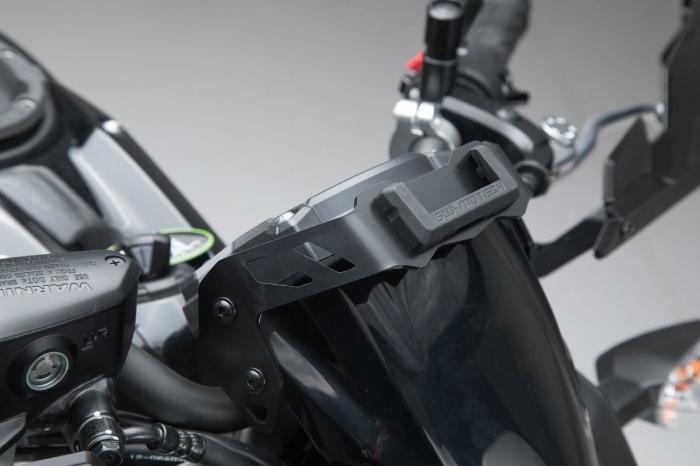 Suport Gps pentru bord Kawasaki Z650 (16-). 1
