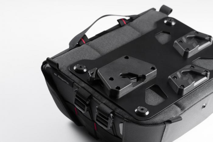 Genti laterale SysBag 15/10 cu sistem fixare pentru Ducati Monster 821 (14-17) / 1200 (14-16). 2
