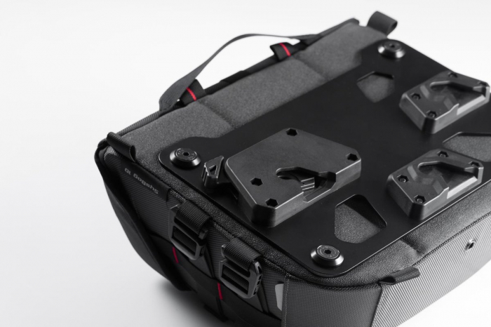 Genti laterale SysBag 15/10 cu sistem fixare pentru Yamaha XJR 1300 (15-). 2