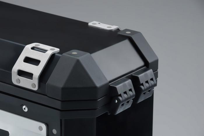 Trax Ion M Side case. Aluminium. 37 l. stanga. argintiu 2