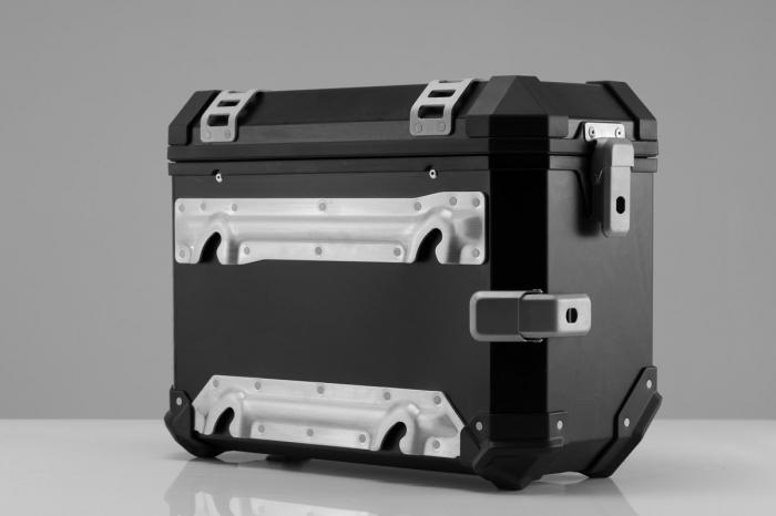 Trax Ion M Side case. Aluminium. 37 l. stanga. argintiu 3