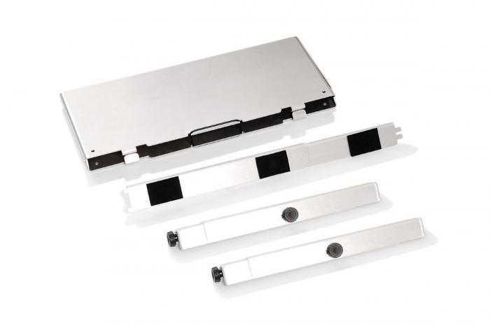 TraX Table Argintiu Aluminium. 2 blaturi de masa. Pentru TraX L / M. 4