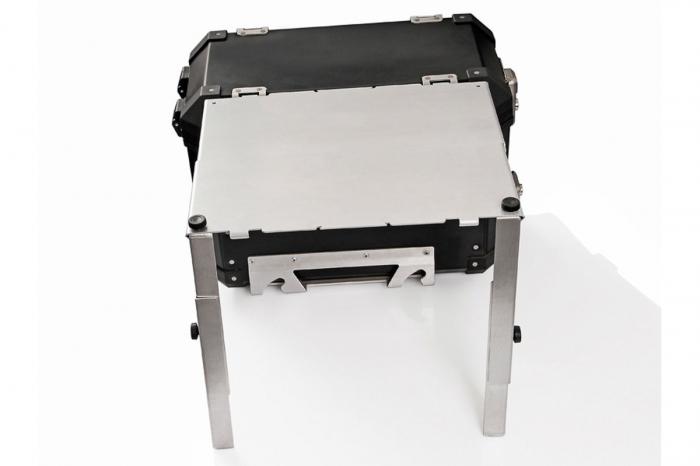 TraX Table Argintiu Aluminium. 2 blaturi de masa. Pentru TraX L / M. 1
