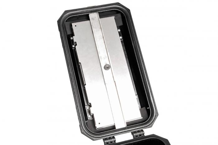 TraX Table Argintiu Aluminium. 2 blaturi de masa. Pentru TraX L / M. 3