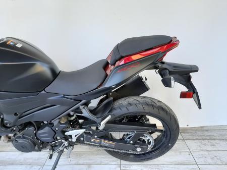 Motocicleta Kawasaki Z400 ABS 400cc 44CP-K3481 se poate conduce cu A28