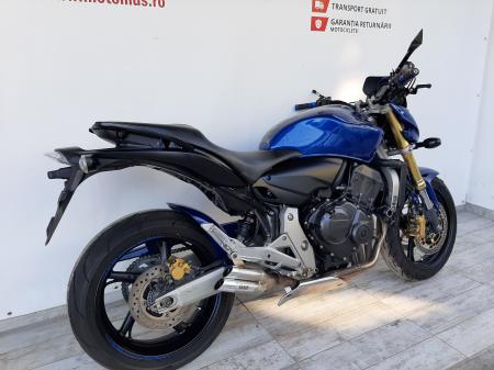 Motocicleta Honda Hornet ABS 600cc 34CP-H63819 se poate conduce cu A21