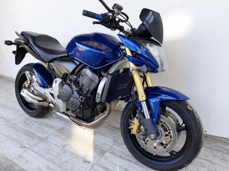 Motocicleta Honda Hornet ABS 600cc 34CP-H63819 se poate conduce cu A24