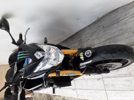 Motocicleta Yamaha FZ8 800cc 103CP - Y006035