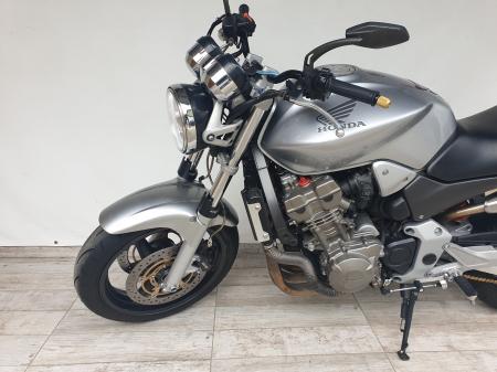 Motocicleta Honda Hornet 900 900cc 107CP - H02394 [8]