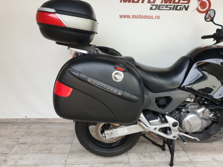 Motocicleta Honda Varadero 1000cc 92.5CP - H51212 [2]