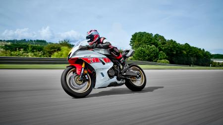 Yamaha R7 World GP 60th Anniversary [4]