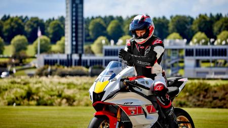 Yamaha R7 World GP 60th Anniversary [8]