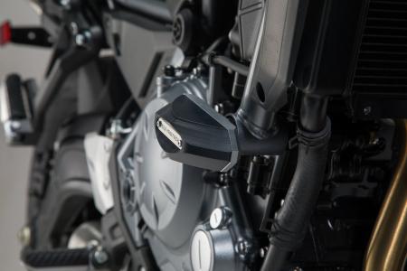 Slider set pentru frame Negru. Kawasaki Z650 16- Ean: 40525720419872