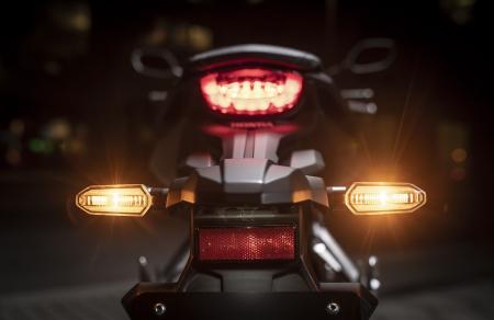 Honda CB 650 R [15]