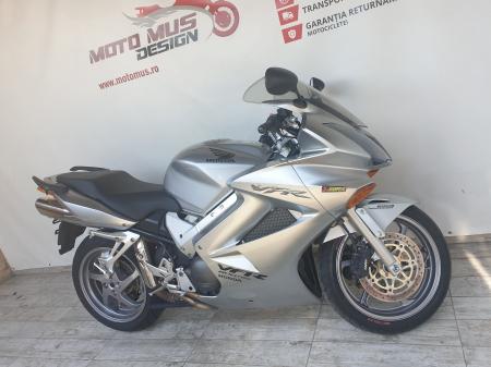 Motocicleta Honda VFR800 V-Tech 800cc 107CP - SUPERB - H00575 [4]