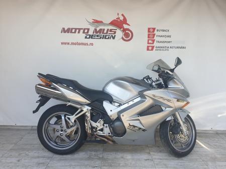 Motocicleta Honda VFR800 V-Tech 800cc 107CP - SUPERB - H00575 [0]